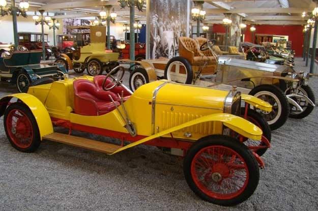 Wśród oldtimerów w muzeum w Mulhouse... /INTERIA.PL