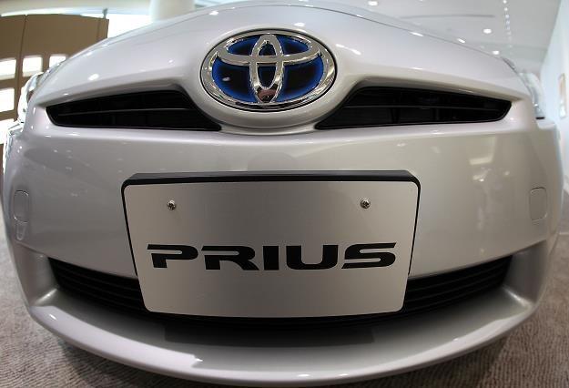 Wśród większych aut kompaktowych najmniej awaryjna jest hybrydowa Toyota Prius. Fot. K. Kamoshida /Getty Images/Flash Press Media