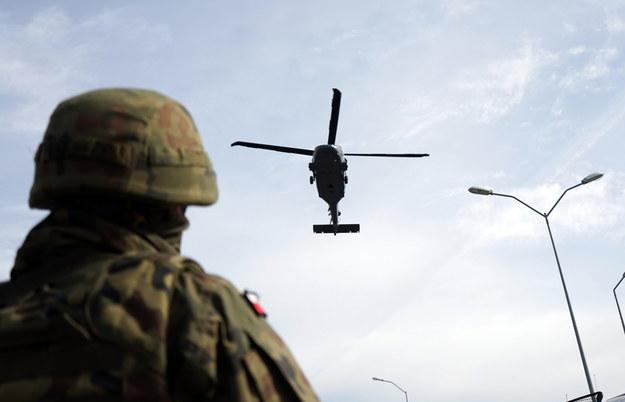 Wśród zakażonych koronawirusem: dwóch wojskowych i żona jednego z nich / Marcin Bielecki    /PAP