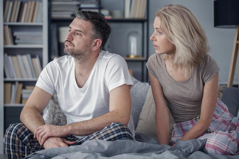 Wstydzimy się rozmawiać tak o seksie, jak i o problemach z nim związanych /123RF/PICSEL