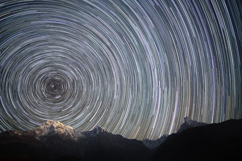 Wszechświat tętni życiem - musimy je tylko namierzyć /123RF/PICSEL