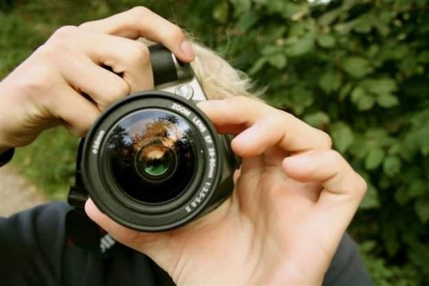 Wszyscy chcieliby dokonać jak najlepszego wyboru przy zakupie aparatu  fot. Kristian Rasmussen /stock.xchng