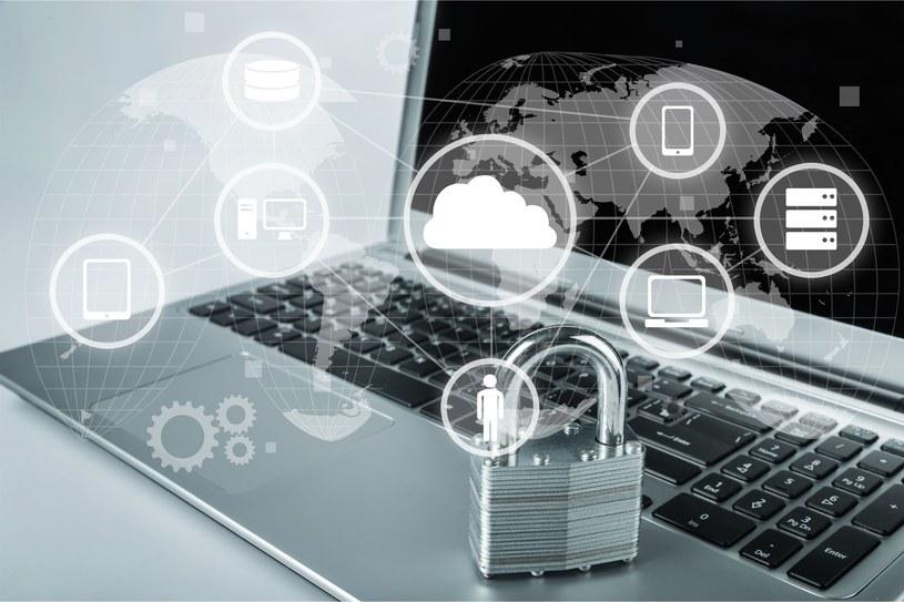 Wszyscy jesteśmy narażeni na ataki hakerskie /123RF/PICSEL