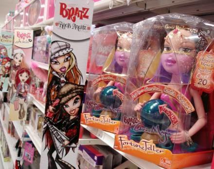 Wszystkie Barbie dla córeczki tatusia /AFP