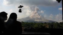 Wszystko pokryte popiołem. Na indonezyjskiej wyspie Sumatra doszło do erupcji wulkanu