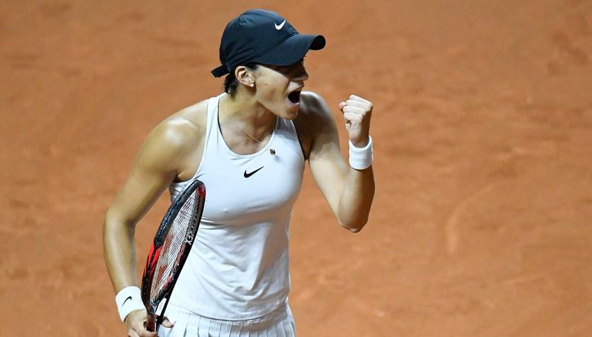 WTA Stuttgart: porażka Szarapowej, Rosolska w 2. rundzie debla