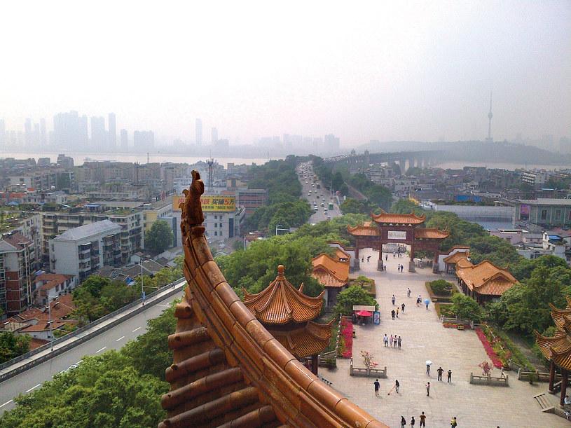 Wuhan nad rzeką Jangcy, jedno z miast nazywanych trzema piecami Chin i stolica prowincji Hubei /Marcin Jacoby /Wydawnictwo Muza