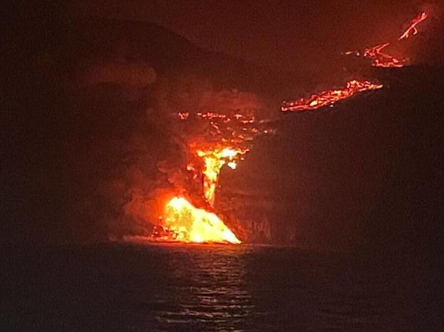 Wulkan na kanaryjskiej La Palmie /Spanish Institute of Oceanograph /PAP/EPA