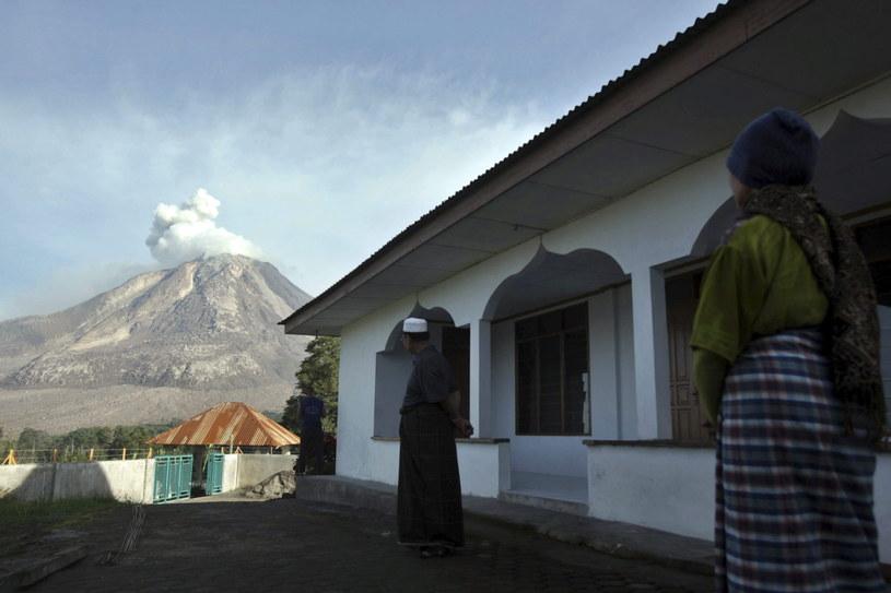 Wulkan Sinabung /PAP/EPA
