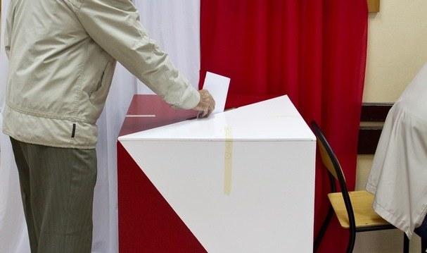 Wybierać mogą mieszkańcy pięciu powiatów /Andrzej Stawiński /Reporter
