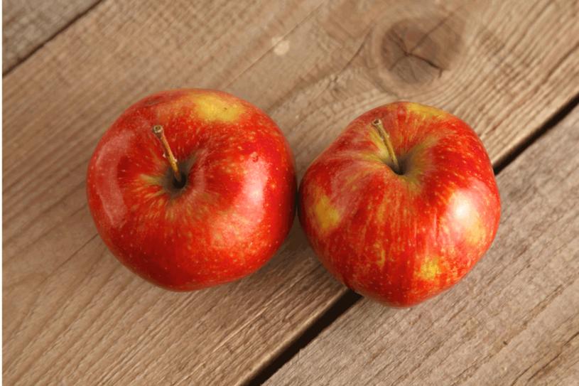 Wybieraj jabłka z upraw ekologicznych /123RF/PICSEL