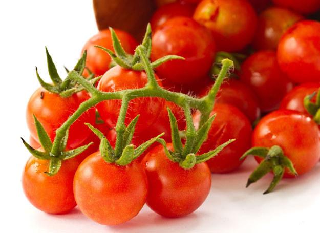 Wybieraj tylko świeże i pachnące pomidory /123RF/PICSEL