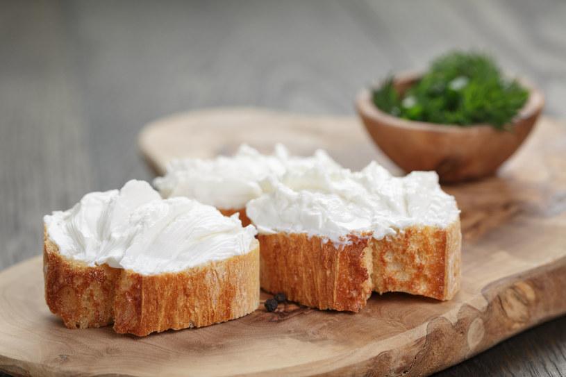 Wybierasz serki light? Uważaj, mogą zaszkodzić twojej diecie! /123RF/PICSEL