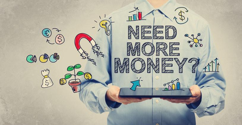 Wybierz produkt bankowy, który najbardziej odpowiada Twoim potrzebom i możliwościom /123RF/PICSEL