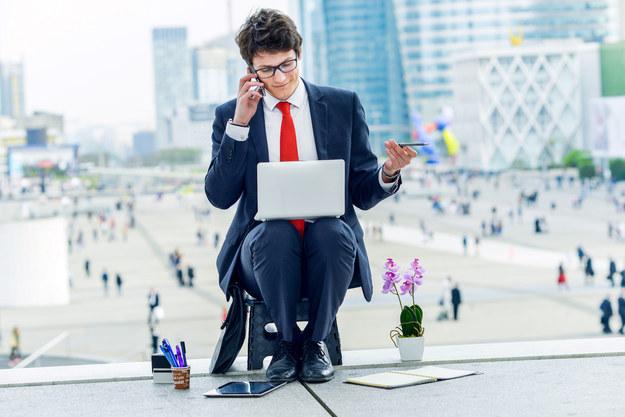 Wybór kierunku studiów nie zawsze odpowiada potrzebom rynku pracy /123RF/PICSEL