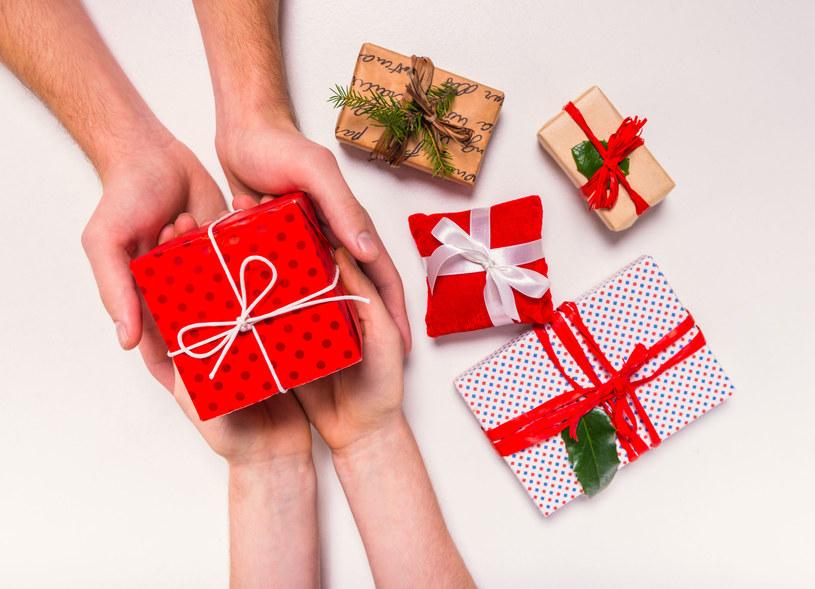 Wybór prezentu dla mężczyzny to niełatwe zadanie /123RF/PICSEL