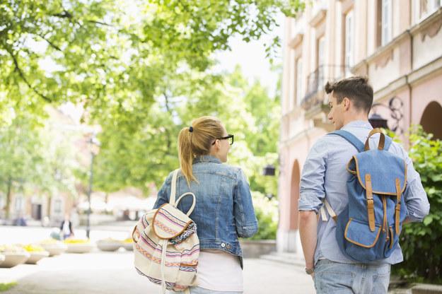 Wybór uczelni to niełatwa sprawa... /123RF/PICSEL