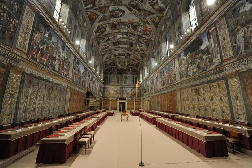 Wyboru nowego papieża kardynałowie dokonają w Kaplicy Sykstyńskiej /fot. PAP/EPA/OSSERVATORE ROMANO /