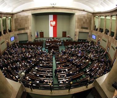Wybory 2015: Samodzielna większość w Sejmie dla PiS
