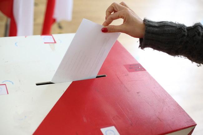 Wybory trwają do godz. 21, zdj. ilustracyjne /Leszek Szymański /PAP