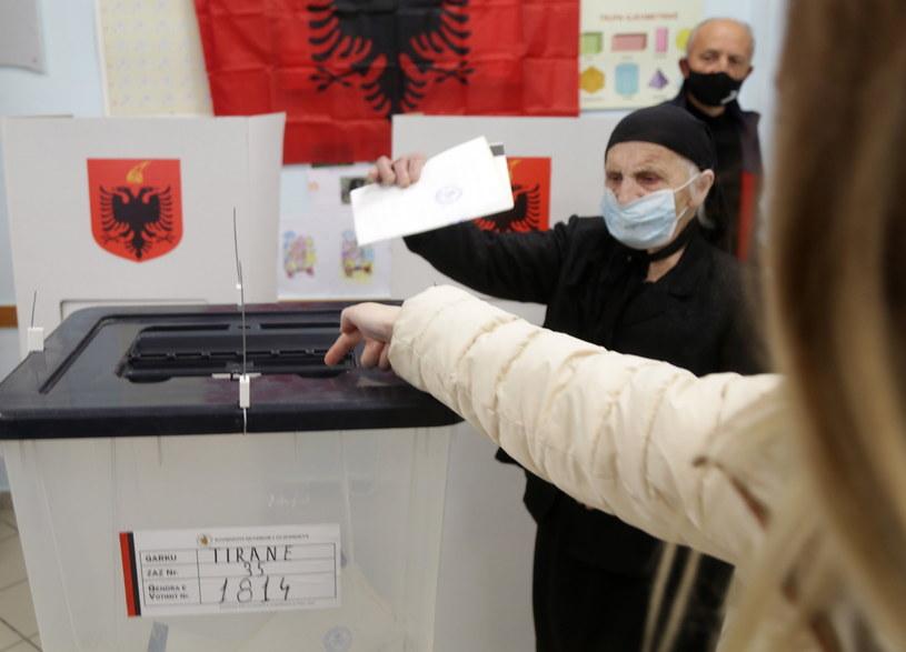 Wybory w Albanii /PAP/EPA/MALTON DIBRA /PAP