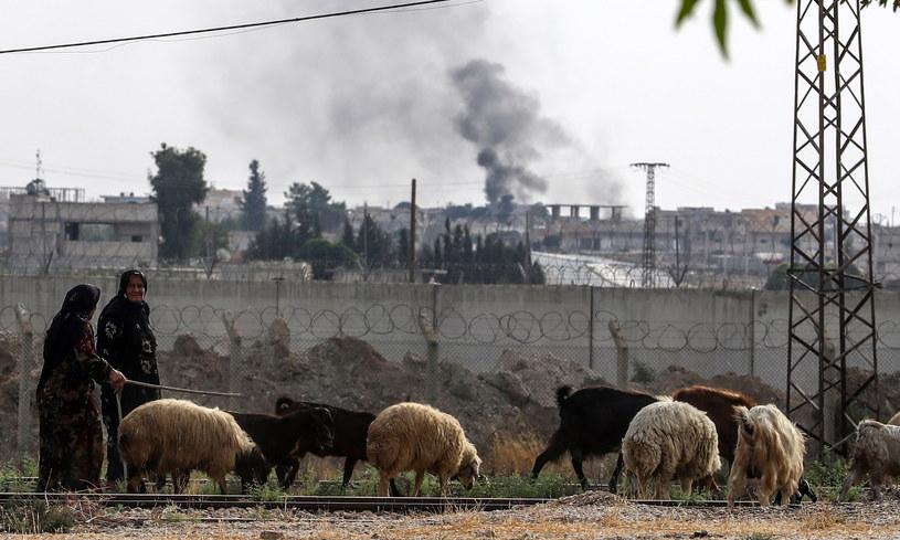 Wybuch na granicy Turcji z Syrią /SEDAT SUNA /PAP