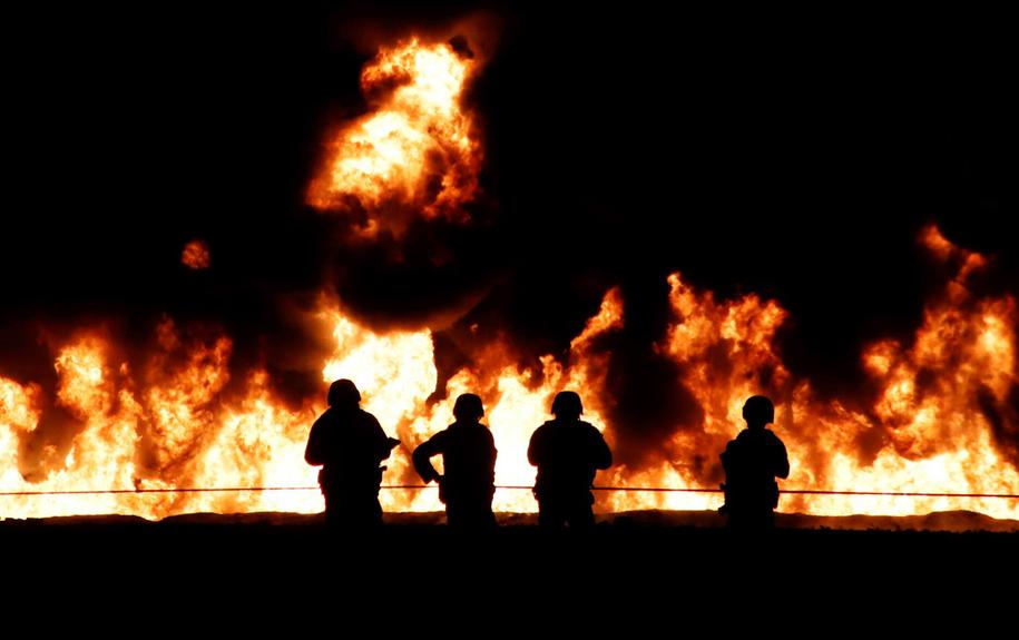Wybuch rurociągu w Meksyku /PAP/EPA