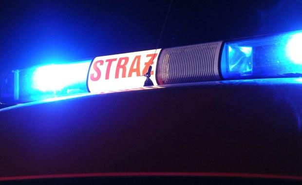 Wybuch w bloku w Warszawie. Mężczyzna stracił obie dłonie