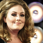 Wychudzona Adele na weselu przyjaciół! Jest nagranie!