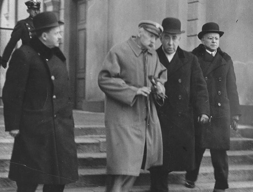 Wychudzony i wyniszczony chorobą. Zdjęcie Józefa Piłsudskiego wykonane w końcu marca 1935 roku /Narodowe Archiwum Cyfrowe /domena publiczna