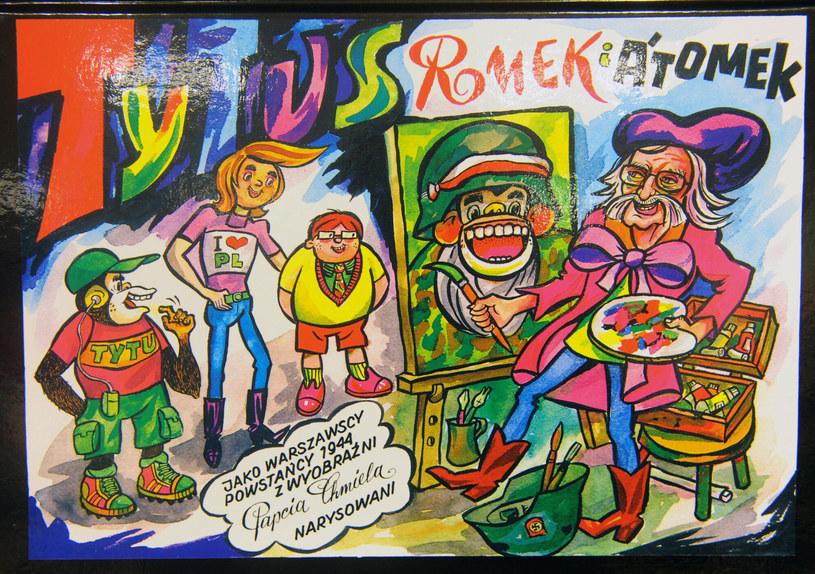 """Wydany w 2009 roku album """"Tytus, Romek i A'Tomek jako warszawscy powstańcy 1944, z wyobraźni Papcia Chmiela narysowani"""" /Jan Bielecki/East News /East News"""