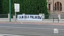 """""""Wydarzenia"""": Baner """"UAM dla Polaków"""" zawisł przy Collegium Minus. Władze poznańskiej uczelni reagują"""
