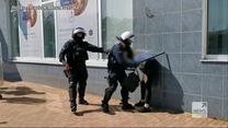 """""""Wydarzenia"""": Nowe nagranie z interwencji funkcjonariuszy w Głogowie. Z policyjnej kamery"""