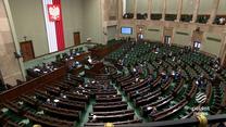 """""""Wydarzenia"""": Rząd mówi o podatkowej rewolucji, opozycja o podatkowym piekle. Polski Ład w ustawach"""