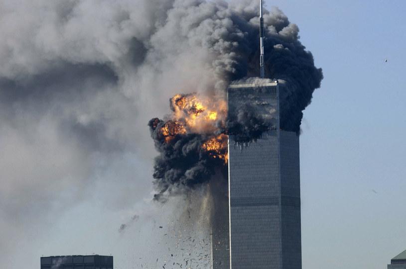 Wydarzenia z 11 września 2001 roku pochłonęły życie tysięcy ofiar /BOBBY FRIEDEL /East News