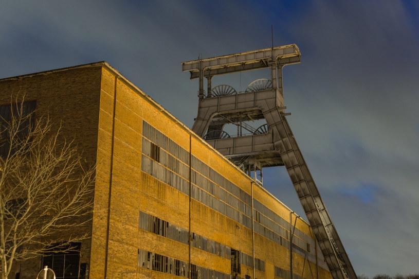 Wygaszenie górnictwa może zlikwidować co najmniej 26,6 tys. miejsc pracy w jego otoczeniu /123RF/PICSEL