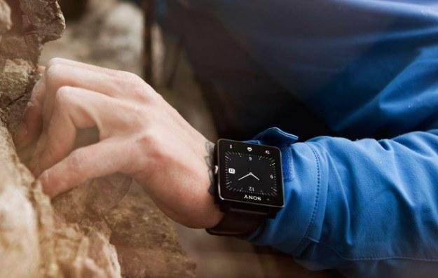 Wygląd tarczy zegarka można zmieniać - na start mamy 5 tarcz do wyboru /materiały prasowe