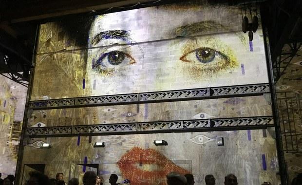 """Wyjątkowa wystawa Gustava Klimta w Paryżu. Można """"wejść"""" do obrazu"""