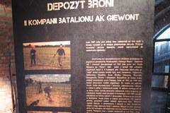 Wyjątkowe 11 sztuk broni AK w Poznaniu