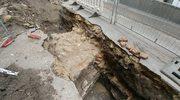 Wyjątkowe odkrycie w Krakowie. Archeolodzy odsłonili nowy fragment muru obronnego Kazimierza