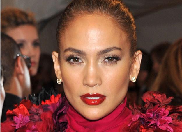 Wyjątkowo efektowne usta Jennifer Lopez /Getty Images/Flash Press Media