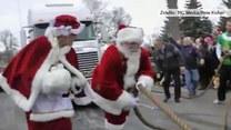 Wyjątkowo silny Mikołaj. Pociągnął najcięższe sanie na świecie