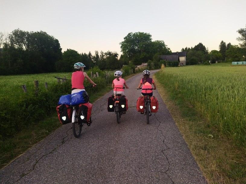 Wyjazd rowerowy w Austrii - Karyntia - droga rowerowa rzeki Drawy - Drauradweg, bardzo dobrze przygotowana trasa rowerowa /dzieciakiwplecaki.pl /archiwum prywatne