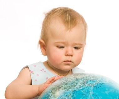 Wyjazd z dzieckiem za granicę i w kraju - jakie dokumenty zabrać?