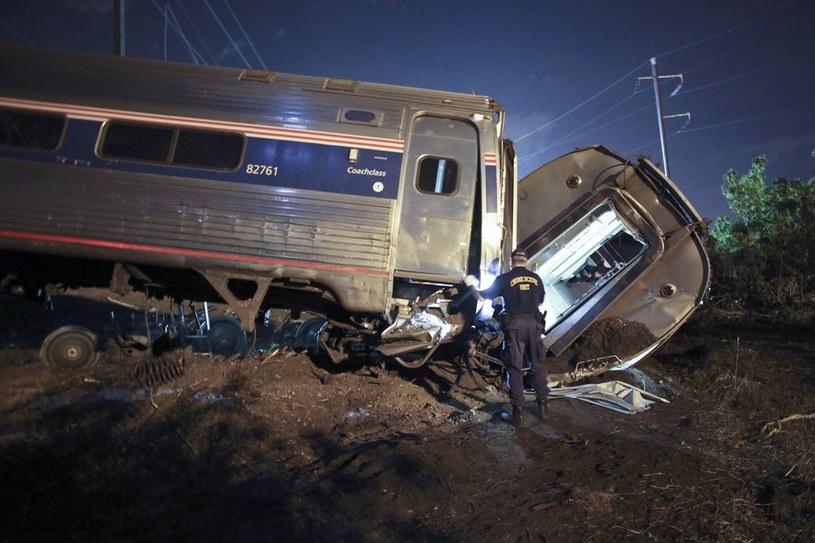 Wykolejony pociąg w Port Richmond /AP/FOTOLINK /East News