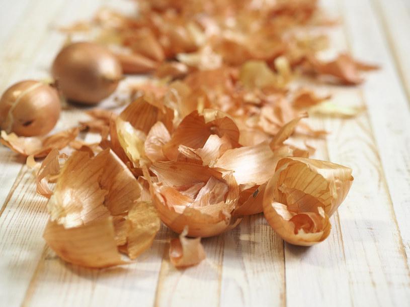 Wykorzystanie łupin z cebuli wpisuje się w trend zero waste w kuchni