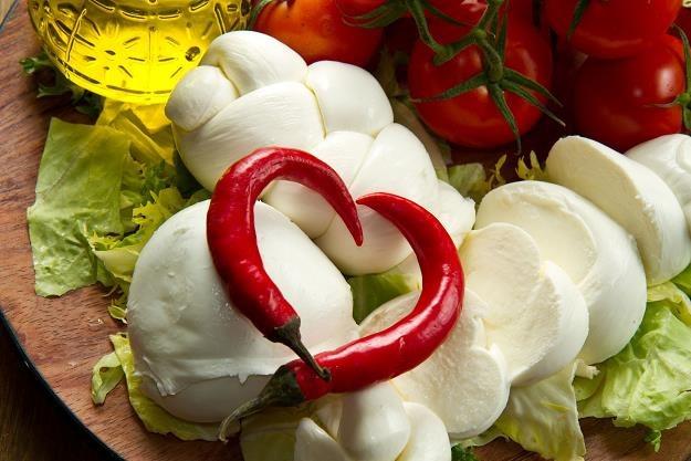 Wykryto kolejne wielkie oszustwo przy produkcji włoskiej mozzarelli /©123RF/PICSEL