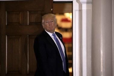 """Wykrzykiwali """"Heil Trump!"""". Fala oburzenia po wiecach neonazistów popierających nowego prezydenta"""