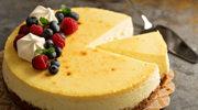 Wykwintny tort serowy