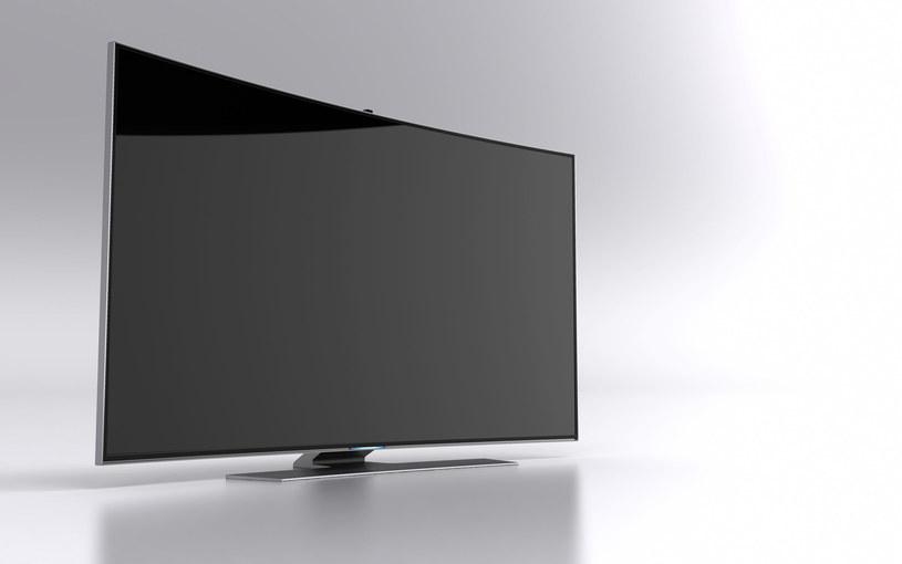 Wyłączony telewizor może cię podglądać /123RF/PICSEL